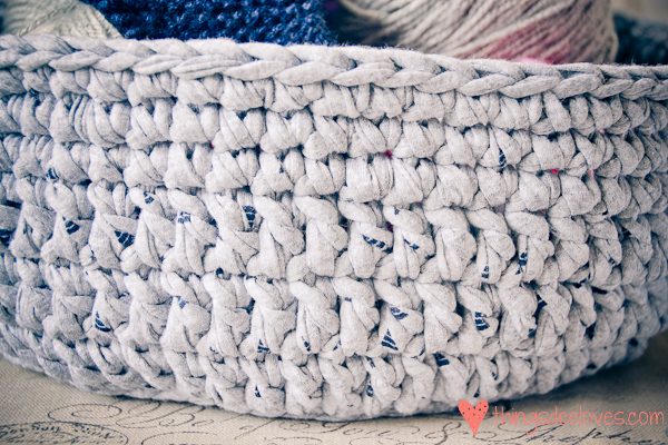 crochet t-shirt basket-6